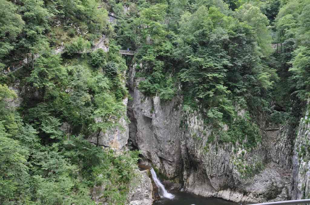 2-grotte-skocjan-travelandkitchen
