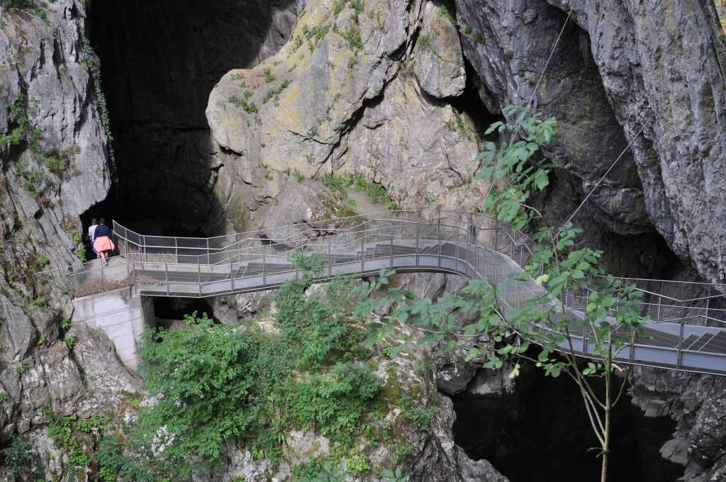 1-grotte-skocjan-travelandkitchen